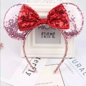 New Minnie Mouse Disney boutique Glitter Ears